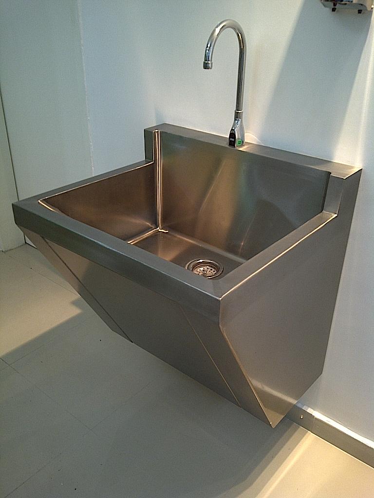 Lavamanos quir rgico un puesto - Lavabo de acero inoxidable ...